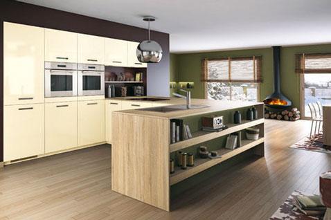 modèle déco cuisine bois clair