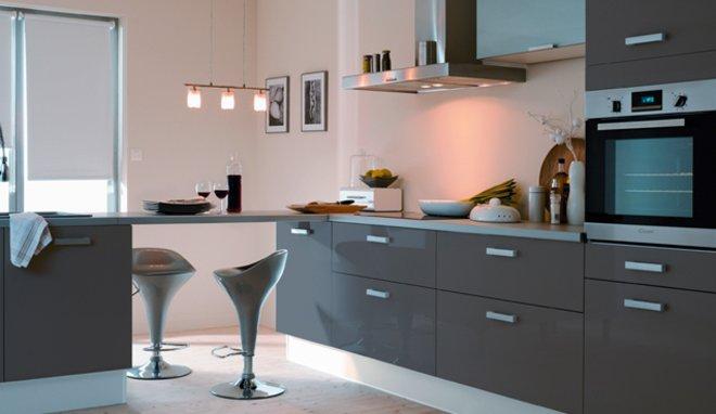 agencement déco cuisine gris clair