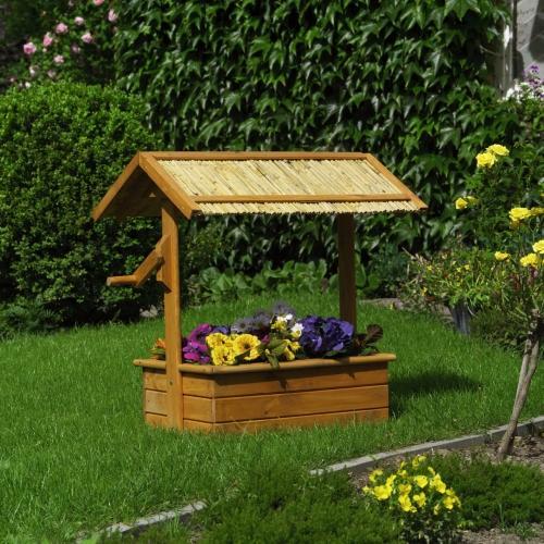 modèle déco jardin puit en bois
