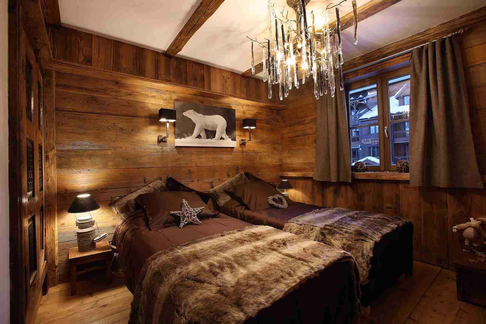 idée décoration chambre bois montagne