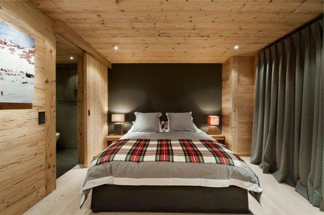 agencement décoration chambre bois montagne