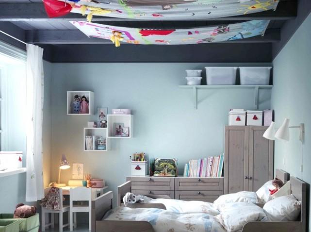 agencement décoration chambre mansardee garcon