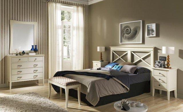 Décoration chambre meuble bois