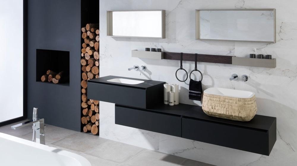 agencement décoration salle de bain noir