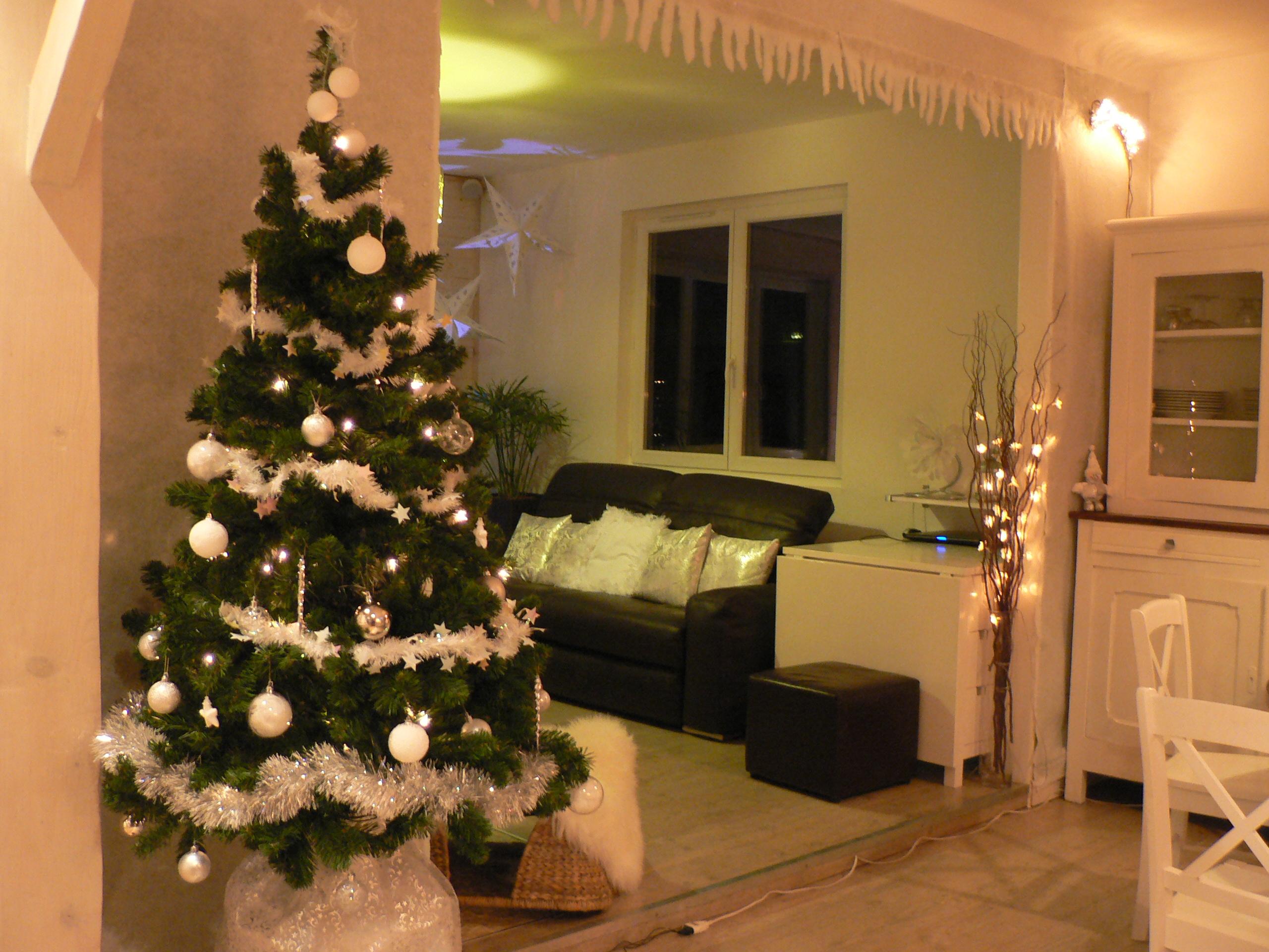 idée décoration salon noel