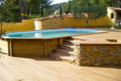 univers décoration terrasse piscine bois