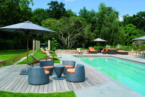 agencement décoration terrasse piscine bois