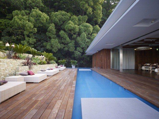 organisation décoration terrasse piscine bois